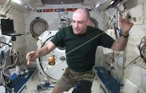 Don Pettit Yo Yo Microgravity
